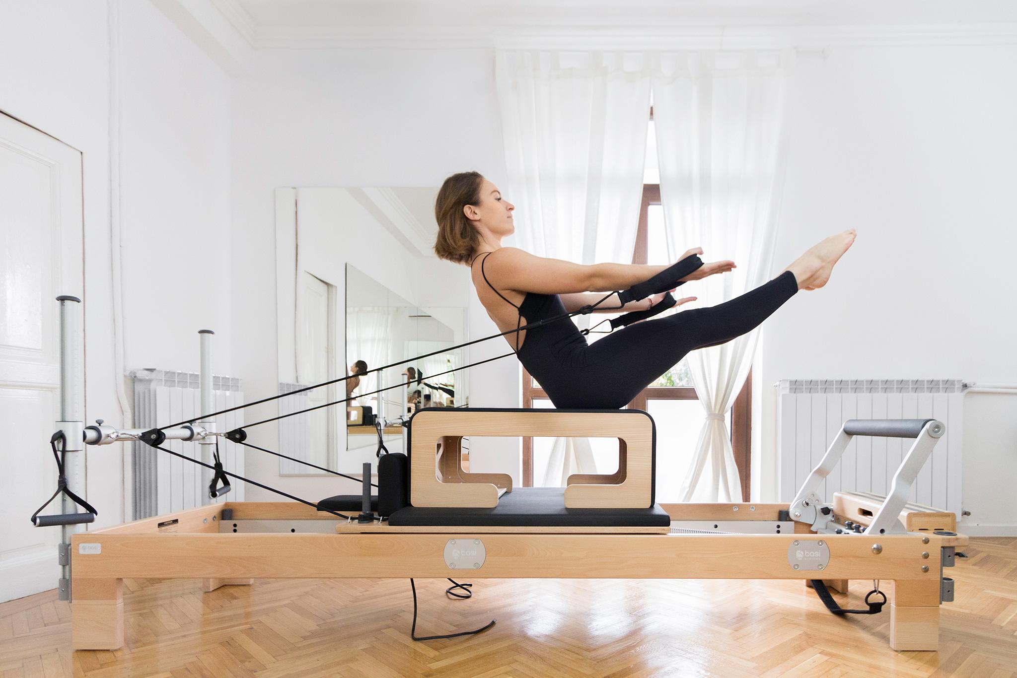 the pilates studio primul studio din romania echipat cu aparate de
